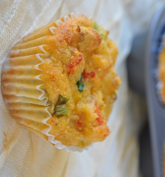 Holly Clegg's Seafood Cornbread at This Mama Cooks! On a Diet - thismamacooks.com