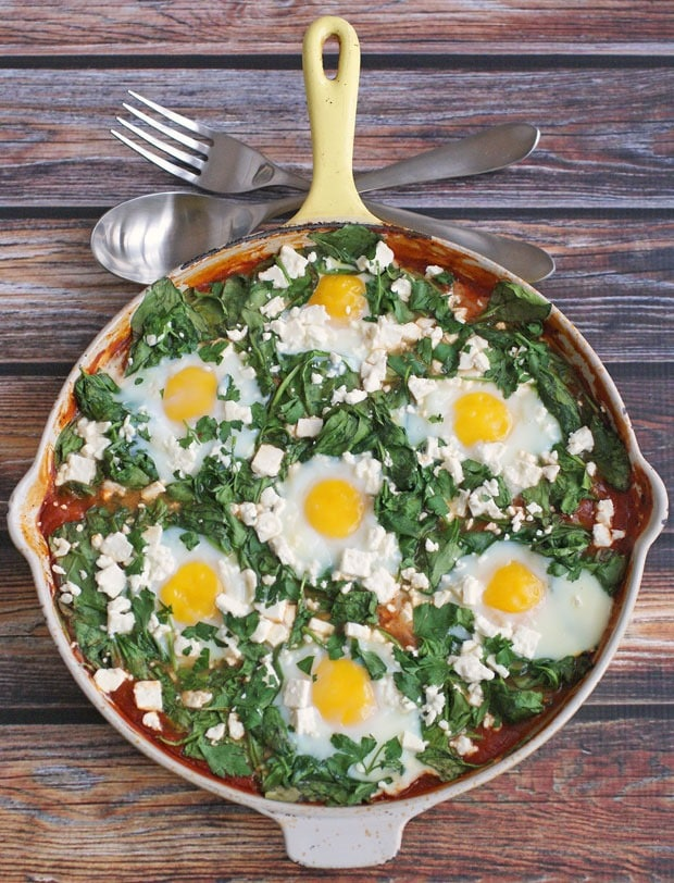 Mediterranean Shakshuka at This Mama Cooks! On a Diet - thismamacooks.com