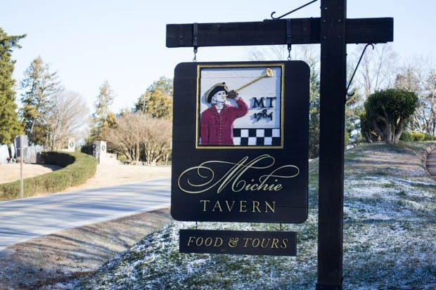 Dining at Michie Tavern in Charlottesville, Virginia at This Mama Cooks! On a Diet - thismamacooks.com