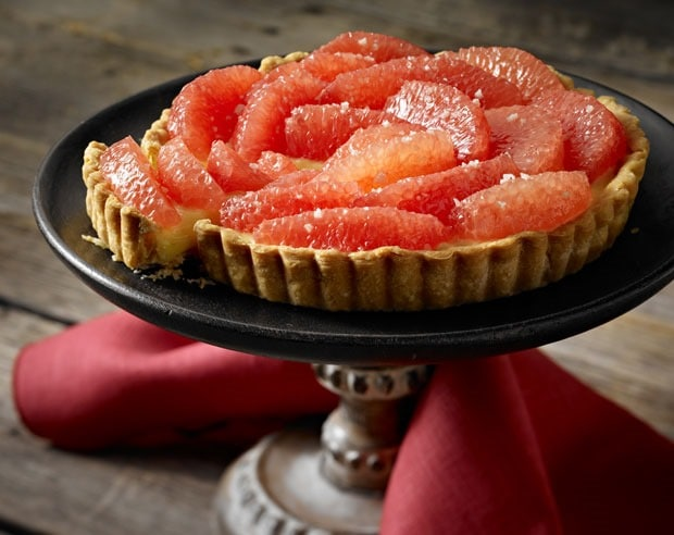 Grapefruit Tart with Cardamom Cream at This Mama Cooks! On a Diet - thismamacooks.com