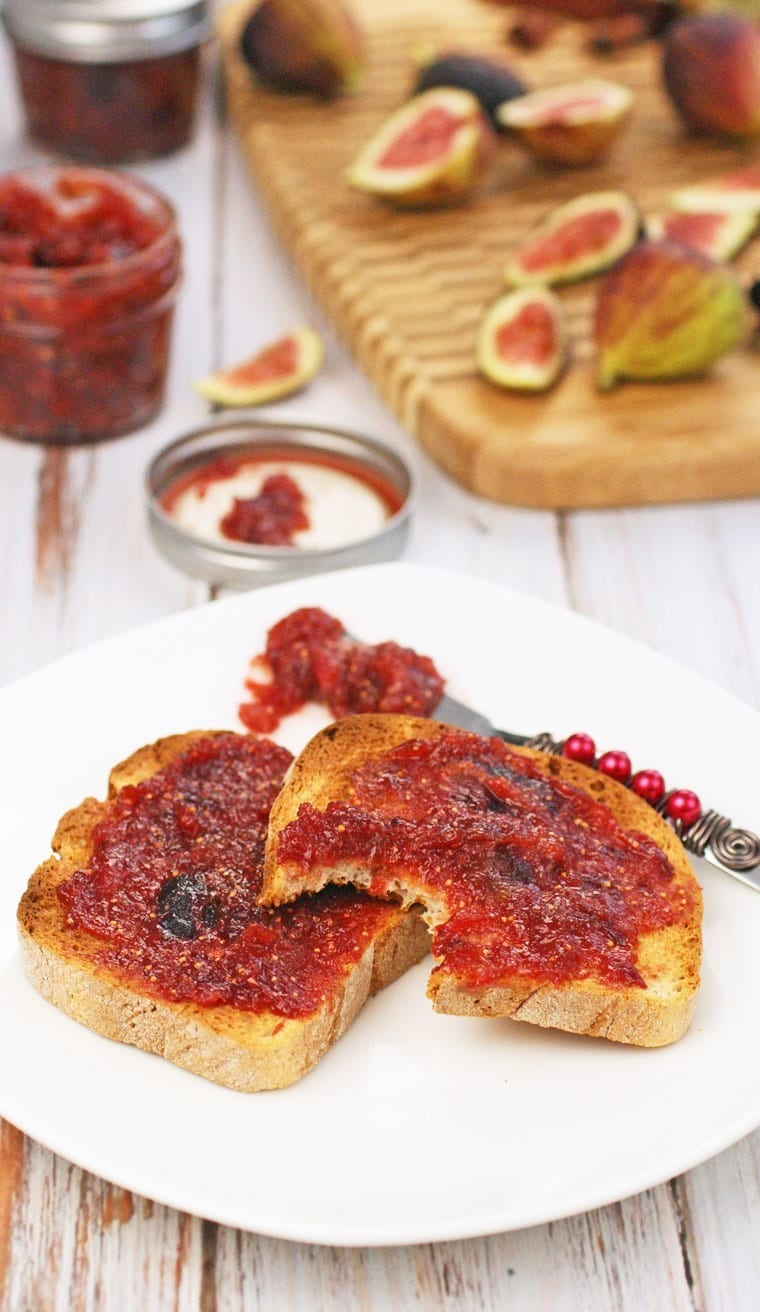 Ginger & Spice Fig Jam with Monk Fruit In The Raw at This Mama Cooks! On a Diet  - thismamacooks.com