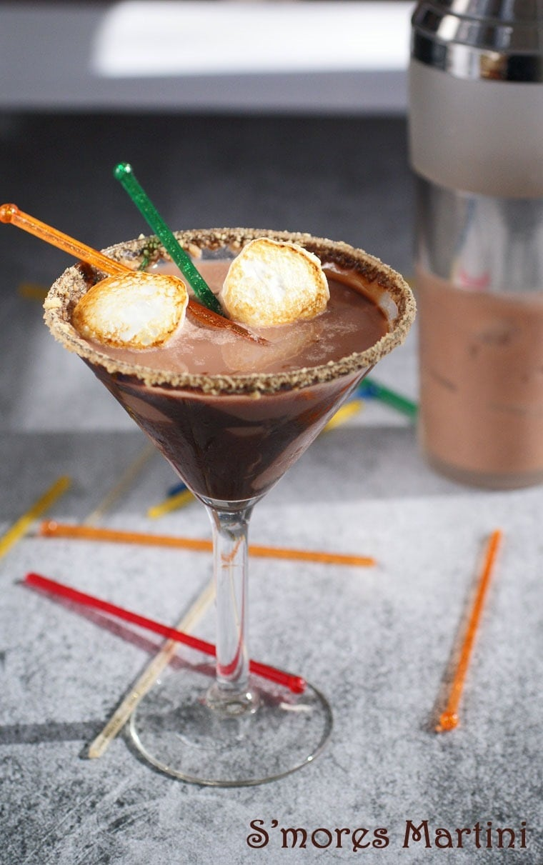 Dairy Free S'mores Martinis - a gluten free recipe at This Mama Cooks! On a Diet - thismamacooks.com