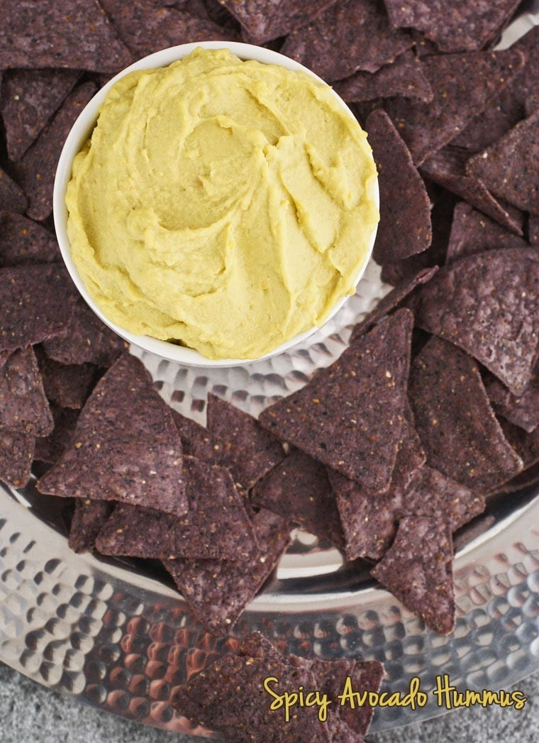 Looking for a healthy party dip recipe that's gluten free, dairy free and/or vegan? Check out this recipe for Spicy Avocado Hummus at This Mama Cooks! On a Diet - thismamacooks.com
