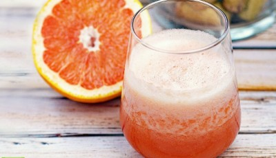 Two white wine cocktail recipes made with grapefruit. The Frozen Wine Cocktails recipe features whole pieces of frozen grapefruit. The Skinny White Wine Cocktails recipe is lightened up with grapefruit seltzer. Both are sweetened with no calorie stevia. Click to get these no guilt cocktails that are perfect for Mother's Day brunches, summer BBQs, or girls night in parties.