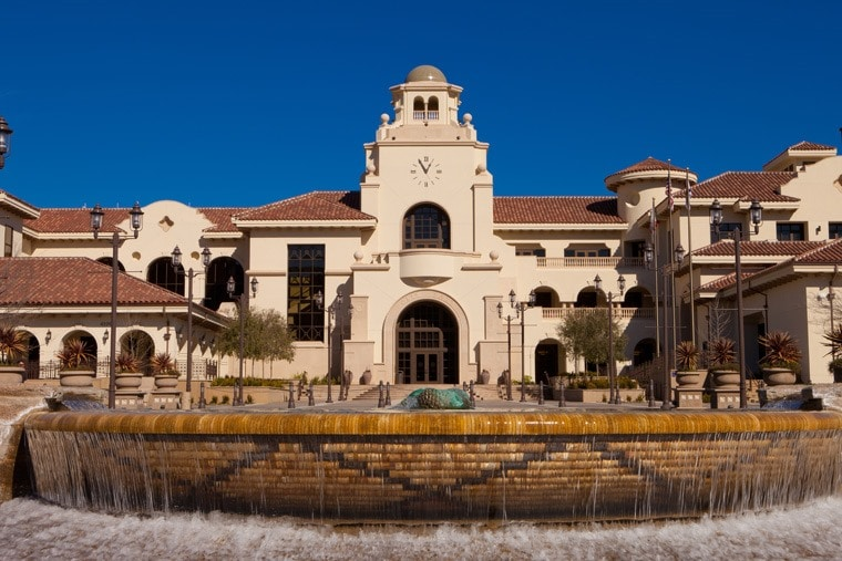 Temecula, California City Hall and Fountain. Click to get more travel tips on Old Town Temecula Valley California.