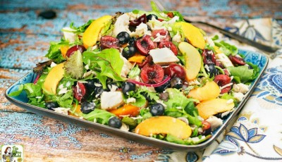Easy Mixed Green Salad with Fruit & Chicken