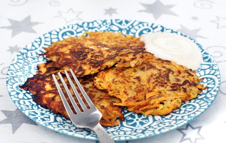 Looking for a gluten free potato pancake recipe? Try these Gluten Free Sweet Potato and Apple Pancakes from This Mama Cooks! On a Diet
