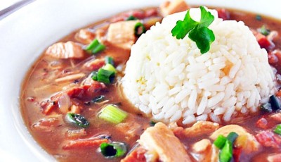 Looking for an Easy Chicken and Sausage Gumbo Recipe that's also healthy? Click to try this healthy chicken and sausage gumbo recipe. Comes with a gluten free option.