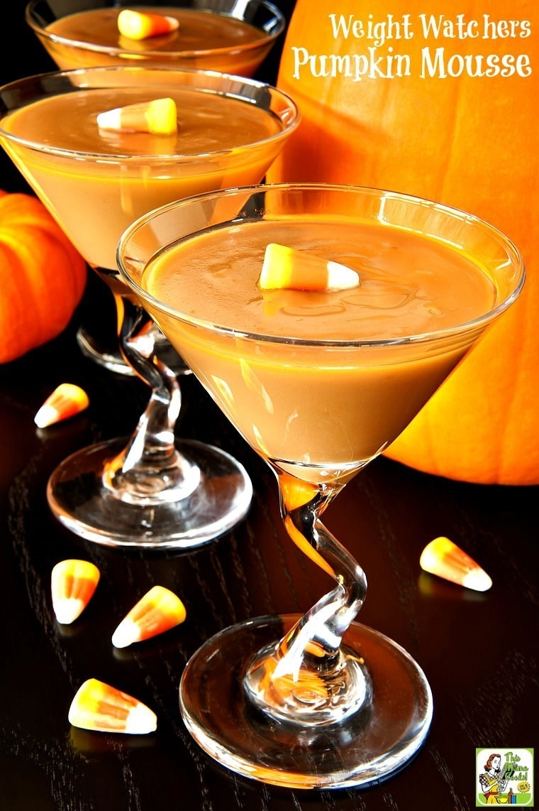 Looking for a low calorie pumpkin dessert recipe? Try easy to make Weight Watchers Pumpkin Mousse. It's the perfect low calorie dessert recipe for fall parties, Halloween and Thanksgiving.