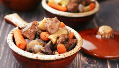 Looking for an easy crock-pot recipe that uses venison? Click to try this Slow Cooker Juniper Venison Stew recipe. It's gluten free, filled with vegetables, perfect for weeknight dinners, and easy to make.