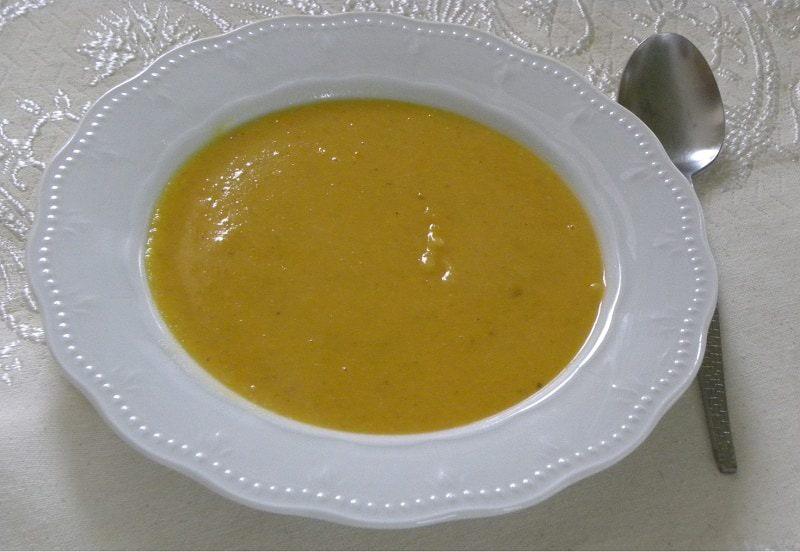 healthy pumpkin soup recipe: a bowl of Greek Fava and Pumpkin Soup and Dip