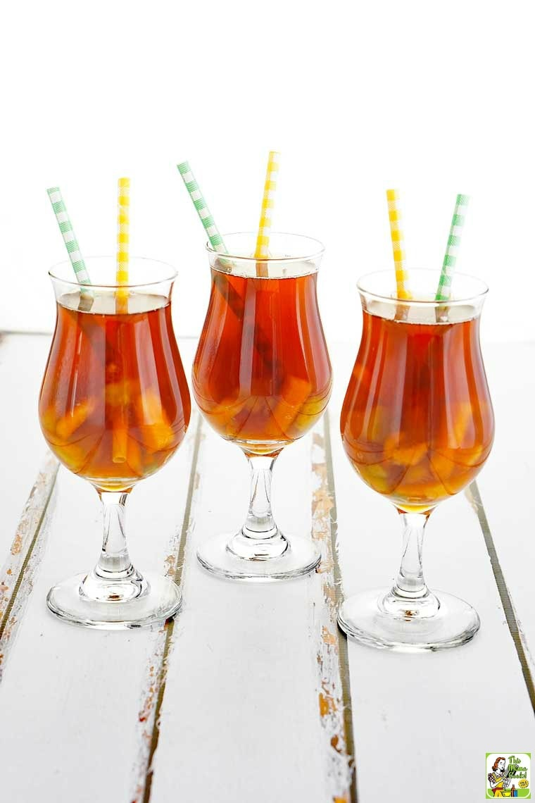Get hydrated with this ice tea recipe.