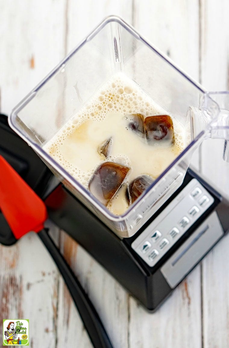 Make coffee smoothies recipes at home in your blender.