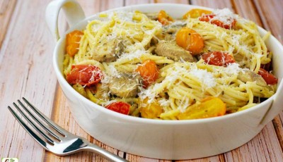 Crab Pasta with Pesto, Mushrooms & Tomatoes