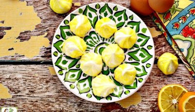 Lemon Flavored Meringue Cookies