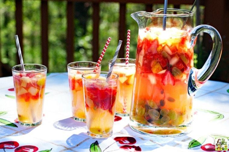 Lemonade Sangria